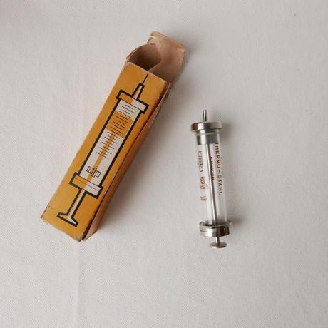 ドイツ製 ガラス製注射器