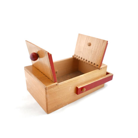 持ち手つき木の箱