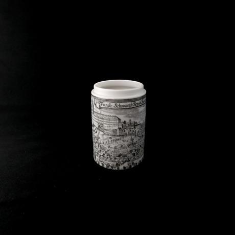 陶器の小物入れ