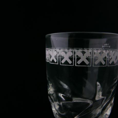 クロス模様のグラス