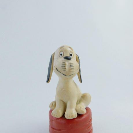 LORIOT 犬のフィギュア