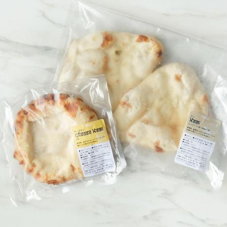 カレー4種&ナン2袋&チーズナン2袋&インド菓子2種
