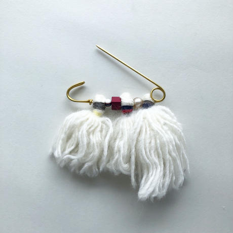 QUILT PIN with tassel [white A/B/C]