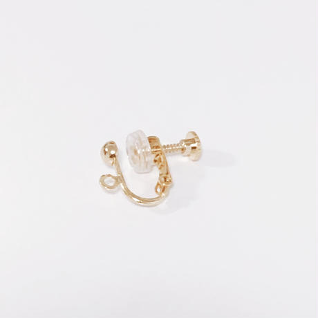 [gold]une white ball pierce/earring