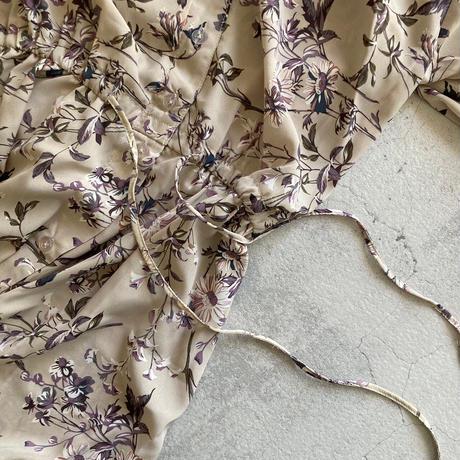 キーネック花柄5分袖ガウンワンピース(2color)