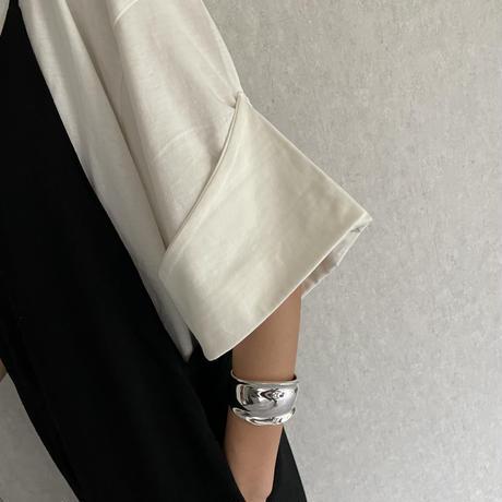 【期間限定!2750円→2475円】ロールアップスリーブVネックTシャツ(3color)