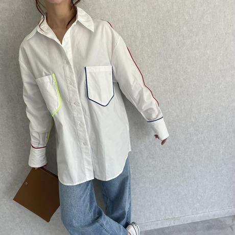 カラーパイピングデザインシャツ