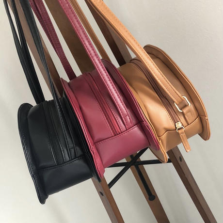 ハーフムーンショルダーバッグ(3color)