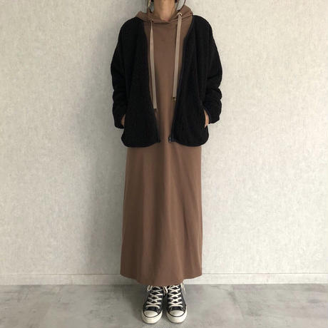 ゆるっと可愛い!裾スリットフレアパーカーワンピース(3color)