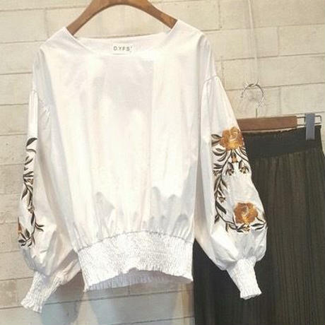 ボリュームバルーン袖刺繍ブラウス(3color)