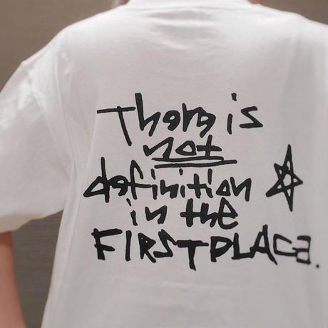 DEFINITION T-shirt (White × Dark navy)