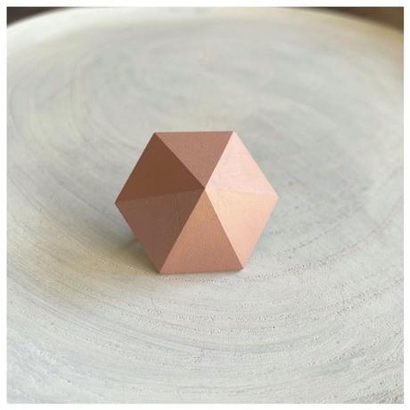 六角形イヤリング ピンク