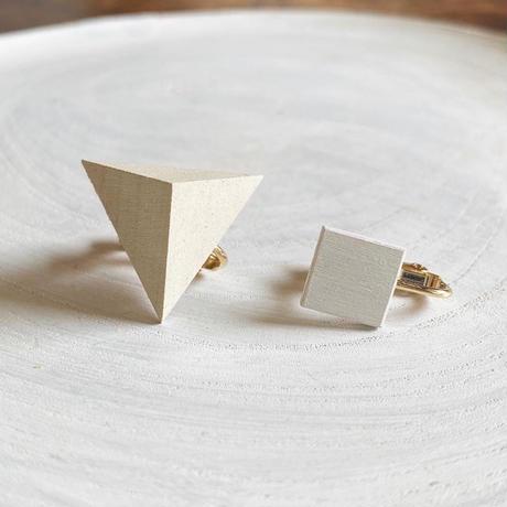 三角形&スクエア イヤリング(セット)エッグシェル/ホワイト