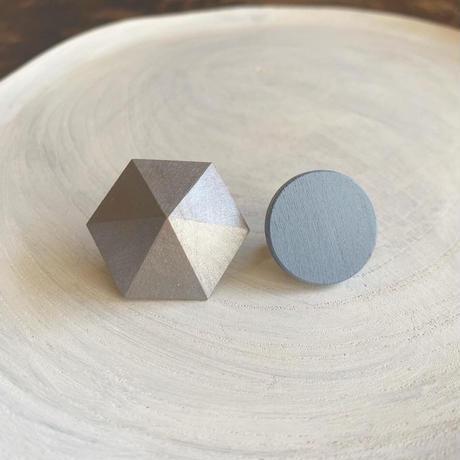 六角形&サークルイヤリング(チェック) シルバー/スモークブルー