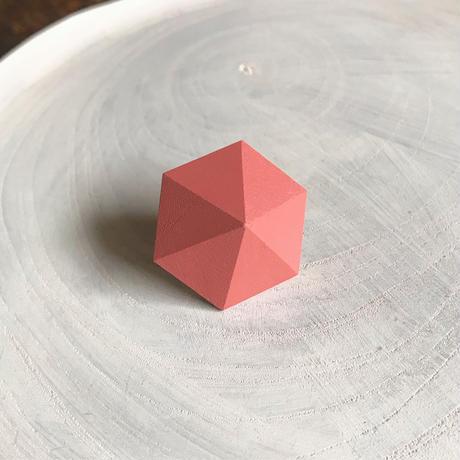 六角形ピアス(コーラルピンク)