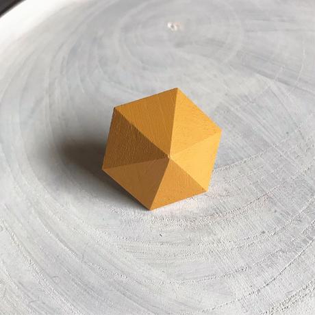 六角形イヤリング(パイナップルイエロー)