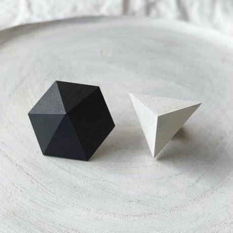 六角形&三角形ピアス(セット) ブラック/ホワイト