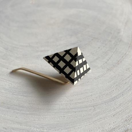 三角形ポニーフック チェック