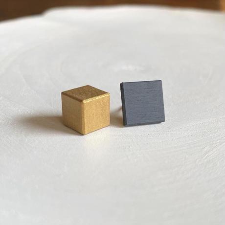 ダブルピアス(スクエア&キューブ) クラウドブルー/ゴールド