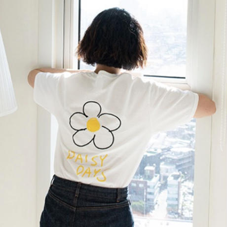 daisy day's adult Tシャツ