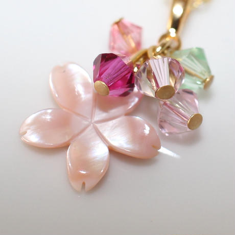 桜シェルのプチネックレス