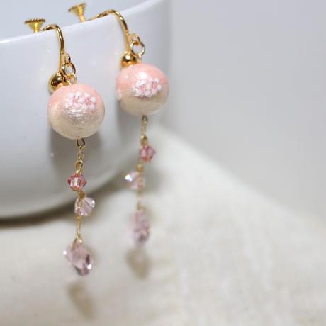 桜コットンパールのイヤリング