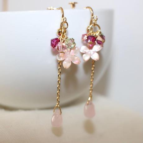 桜&ローズクォーツのイヤリング
