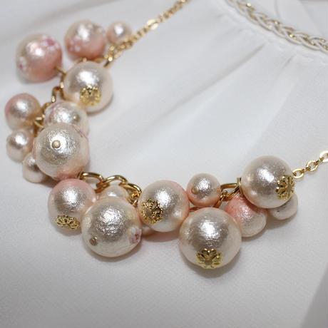 桜コットンパールの満開の桜のネックレス