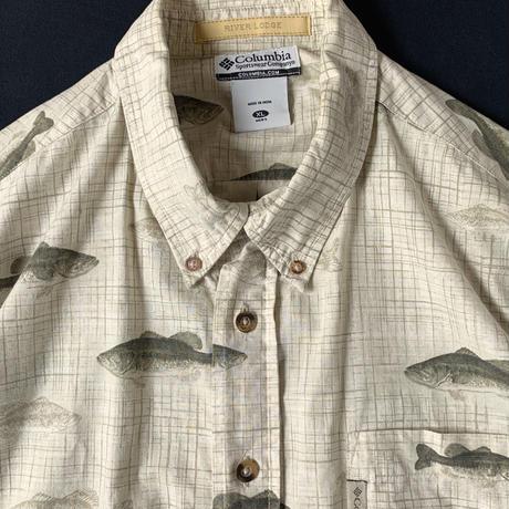 2000s Columbia Fish Pattern Shortsleeve Shirt