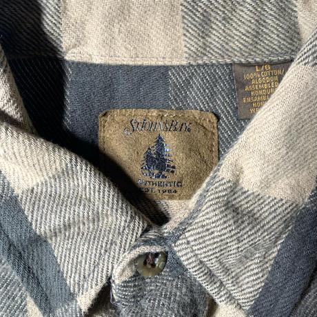Used St John's Bay  L/S Flannel  Shirt C-0513