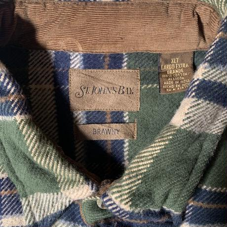 Used St John's Bay  L/S Flannel  Shirt C-0516