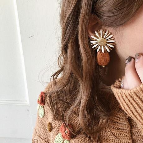 flower vintage wood