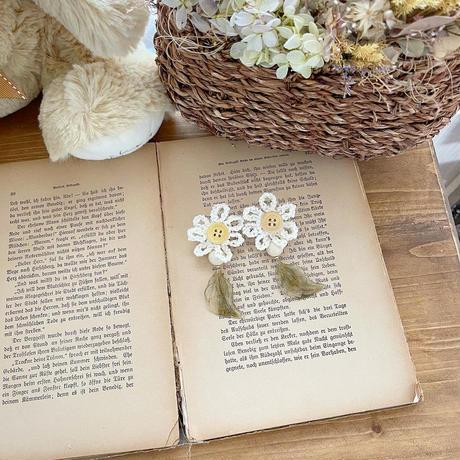 crochet flower & leaf PI & ER