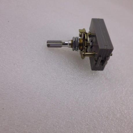 ALPS POWER ON /OFF SW SDR1R TV-5  ( ZHW-ETC-303 )