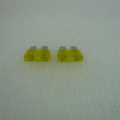 T型FUSE  20A  2pcs/pack  ( ZHW-215 )