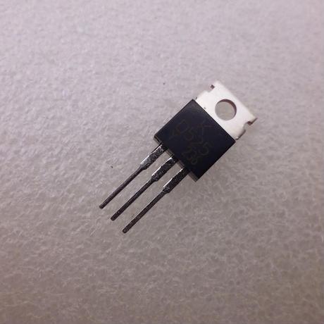 東芝製 バイポーラトランジスタ   2SD525  ( ZHW-497 )