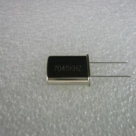 7045KHz HC-49U Type 水晶振動子 ( ZHW-HAM-020 )