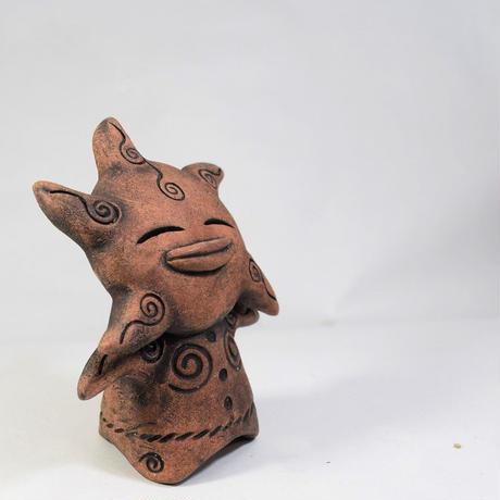 「おひさま型土偶」土ぼっくりオリジナルの縄文風土偶。星のような太陽のような子です。