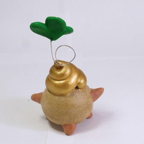 ウンが昇ってめでたい「四葉の金うんぱ君」♪♪ハッピークローバーが生えてます!