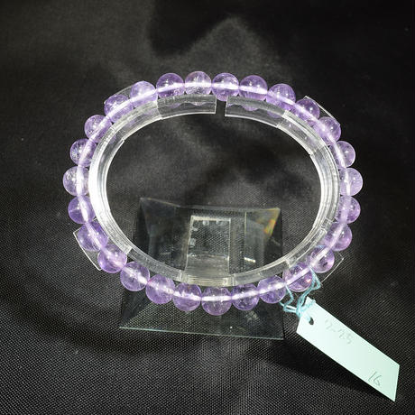「アメジスト・ラベンダーカラー・珠径7.5/8mm・腕サイズ15/16cm」人気の淡い紫色のブレスレットです♪
