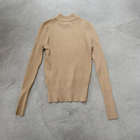 comm.arch. / Needle Out Rib Mock Neck / col.caramel