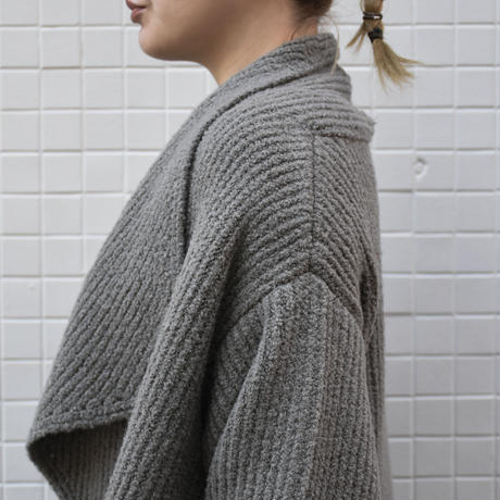 comm.arch. / COCOON WRAP COAT / col.clouds