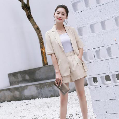 レディース セットアップ フォーマル ジャケット パンツ 大きい おしゃれ 韓国夏 ピュアカラー ショート スーツ スタイリッシュ ブレザー ホットショーツ ベージュ