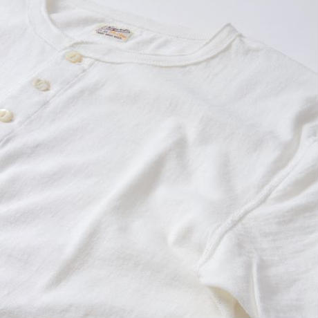 PHIGVEL‐MAKERS Co.Henley Neck Tee -OffWhite-
