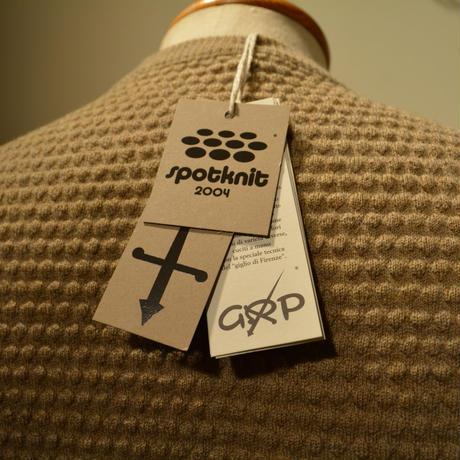 "GRP crewneck ""spotknit"" BEIGE(ベージュ)"