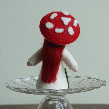 アンブロシウス  赤いきのこの妖精