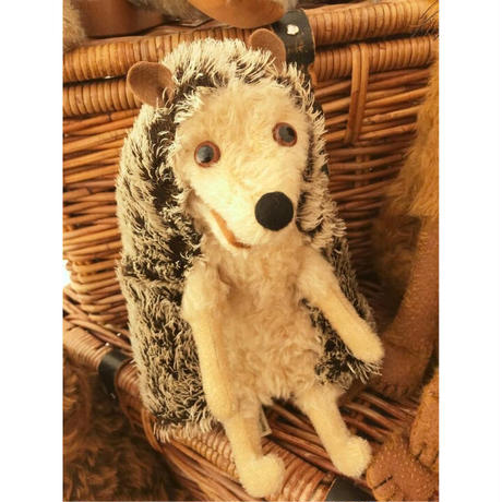 バーレーベンどうぶつ手人形 ハリネズミのウィリー