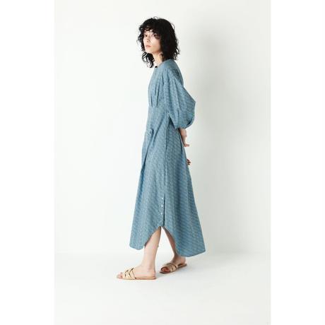 WAVE PATTERN WAIST TACK DRESS