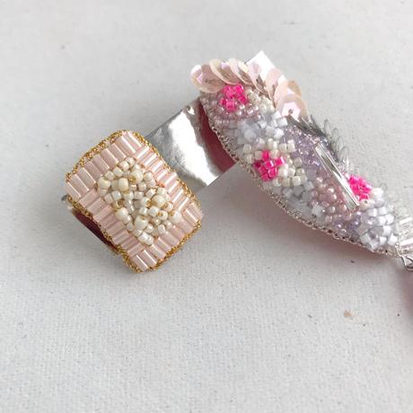 suumi  |  カナリアとケーキ ピアス  /  ビビットピンク