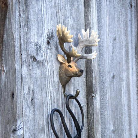 Wildlife Garden 手彫りアニマル・フック:アカシカ